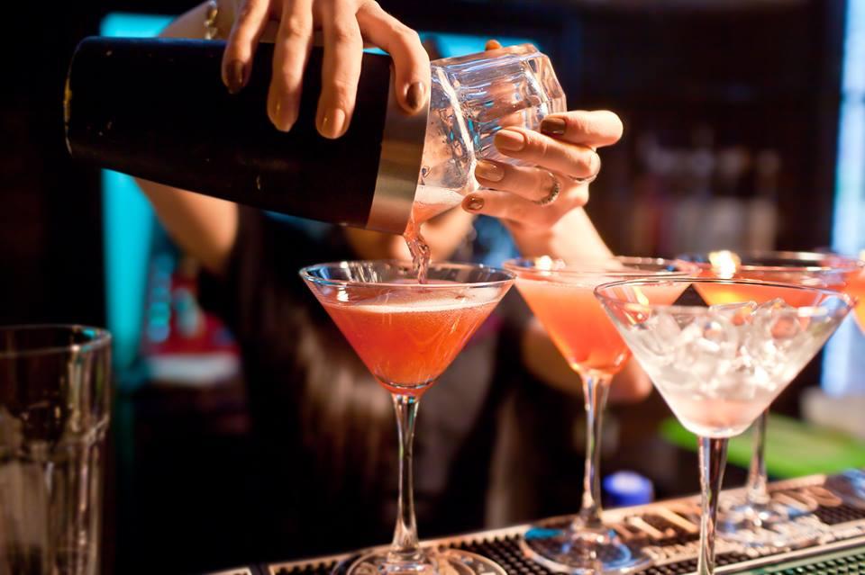 Cercasi bartender roma est for Cercasi ufficio roma